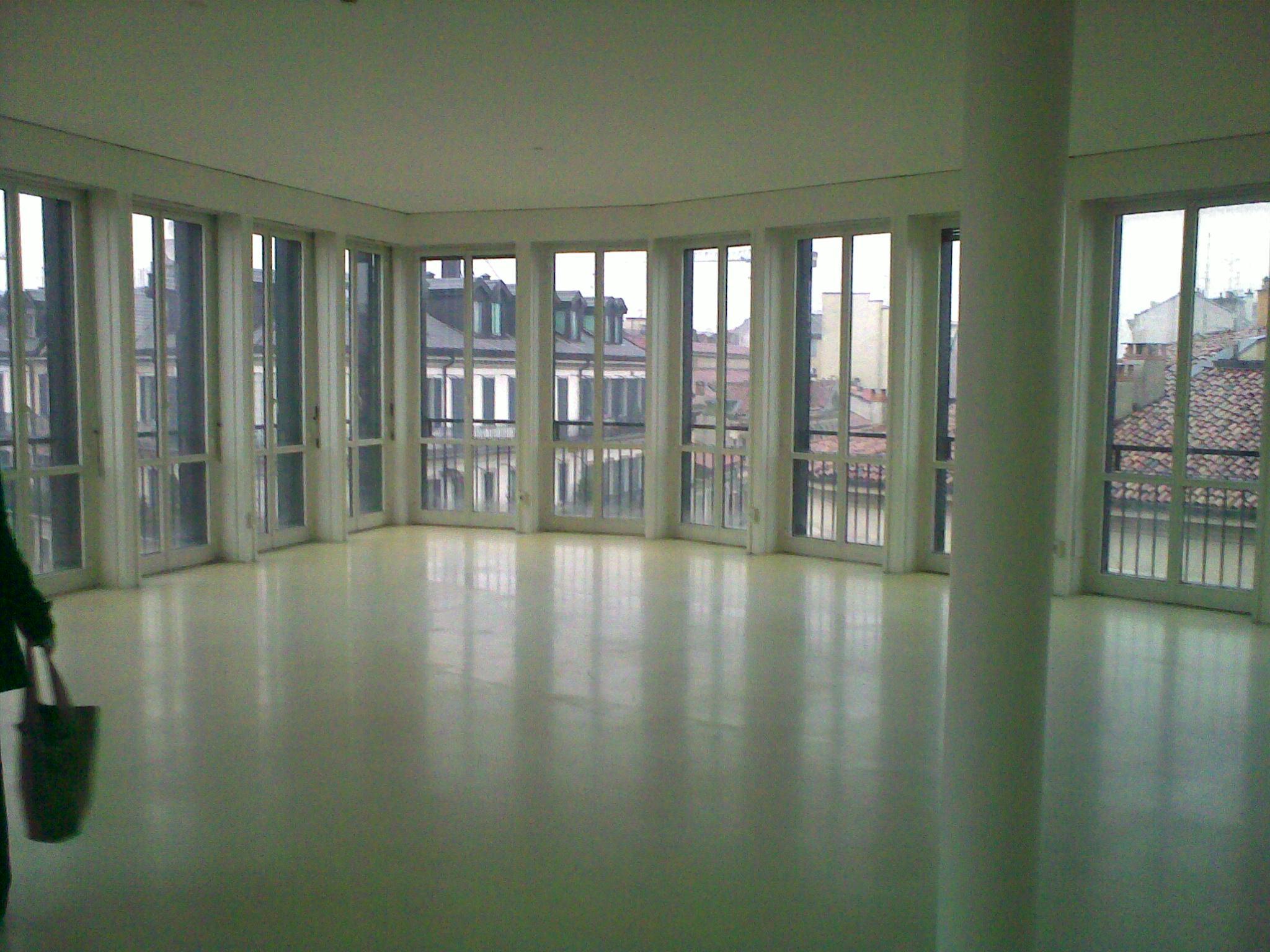 Ufficio A Milano : Giovanni citacov milano real estate immobili residenziali